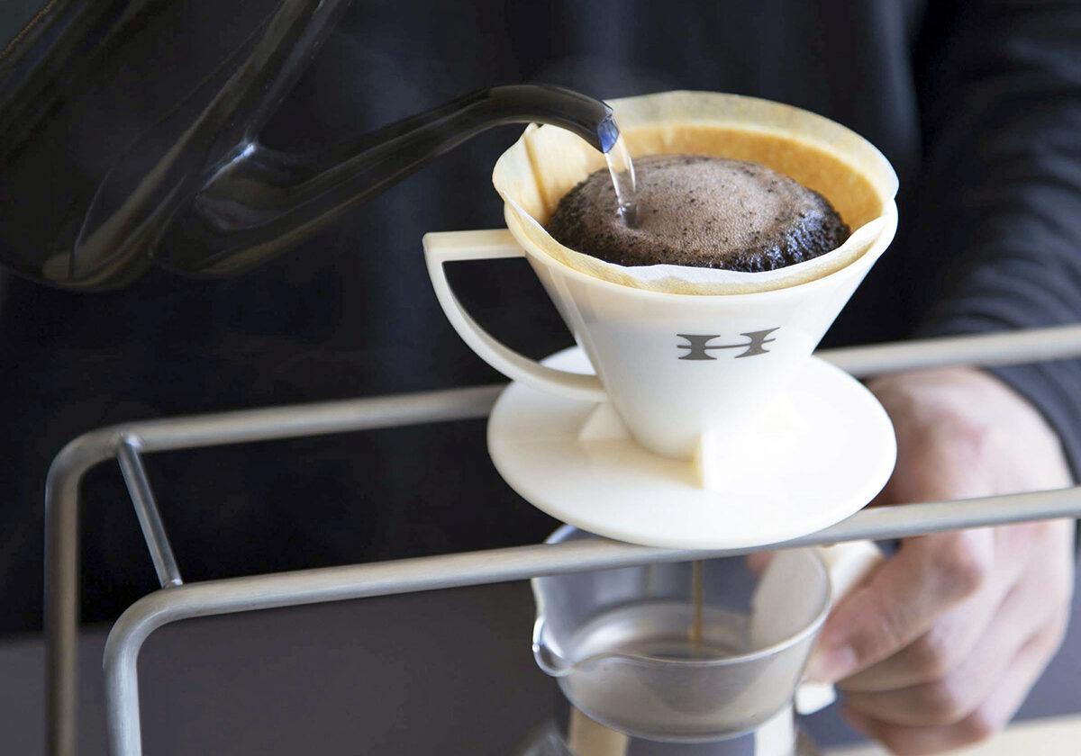【動画あり】コーヒーを楽しくいれよう – 簡単!ペーパードリップ –